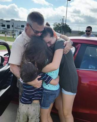 After a year long deployment, Papa is finally home!